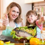 Како мотивисати децу да једу здраву храну
